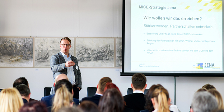 Carsten Müller beim Kick off zum Thema MIce & Convention in Jena